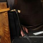 ショルダーベルトの床のケバ立ち、修理しました。